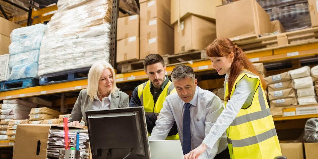 Estrategias y claves de la reposición de mercancía en el almacén